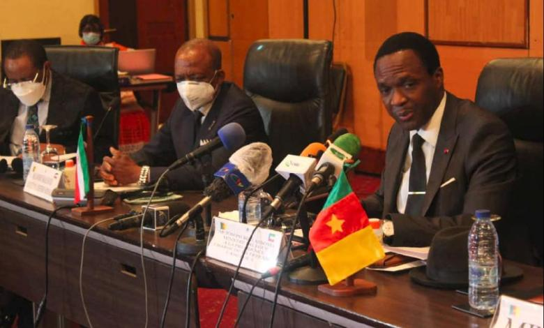 Joseph Beti Assomo et Leandro Bakale Nkogo