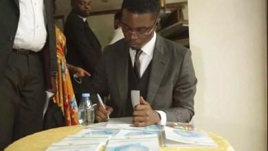 """Photo of Livre : """"Stratégie de mise à niveau du système de santé camerounais : révision des configuration institutionnelle"""" du Dr Albert Ze"""