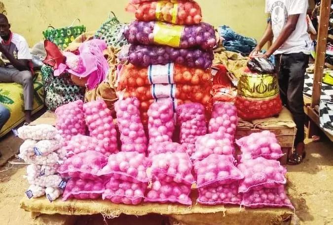 Oignons thaïlandais et marocains
