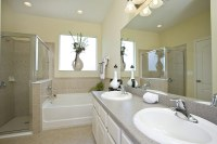 pretty-wrh-fl-bridgewater-sanibel-bathroom - Sunshine Maid ...