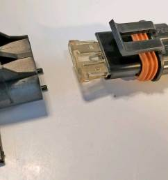 this waterproof fuse holder uses a standard blade 25 amp fuse ato atc type  [ 1256 x 711 Pixel ]
