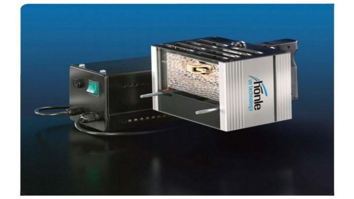 Eksploatacja lamp UV w przemyśle.