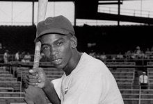 Photo of Ernie Banks, 'Mr. Cub,' Dead At 83