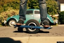 Photo of Your Commute Could Be A Whole Lot Cooler Now That There's A Motorized, One-Wheeled Skateboard