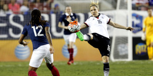 Foot-feminin-She-Believes-Cup-la-France-battue-par-l-Allemagne