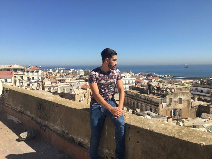 Youcef, l'influenceur de Soustara qui veut déconstruire les clichés sur les quartiers populaires