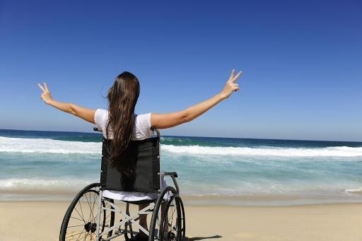 «HandiTour», l'appli qui facilite les voyages des personnes à mobilité réduite