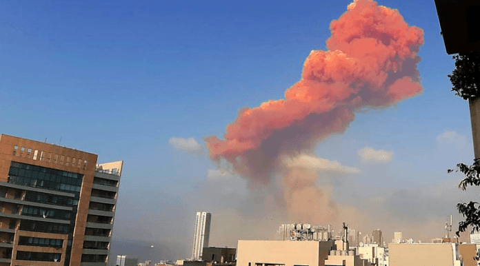 Une forte explosion secoue Beyrouth