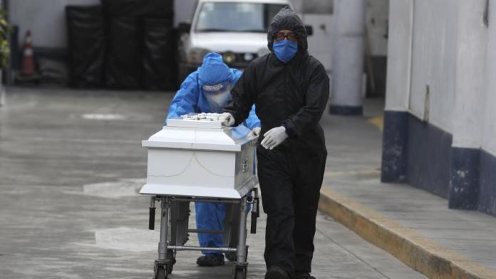 La pandémie du nouveau coronavirus a fait au moins 1.595.276 morts dans le monde depuis l'apparition de la maladie fin décembre 2019