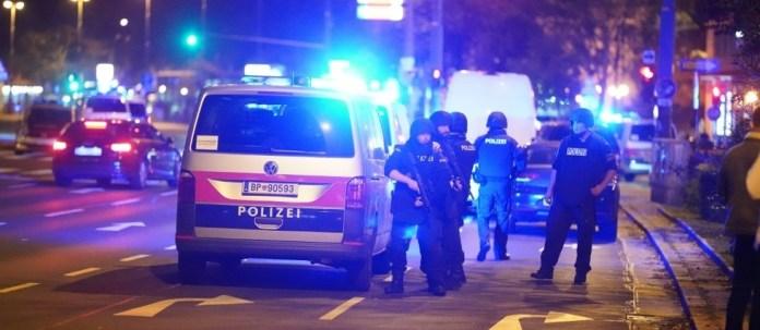Attentat de Vienne: le gouvernement ordonne la fermeture de