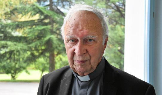 Monseigneur Henri Teissier, infatigable homme du dialogue islamo-chrétien, parle de