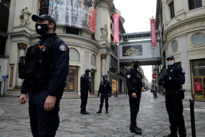 Covid-19: restrictions de voyages en Europe, une équipe de l'OMS à Wuhan
