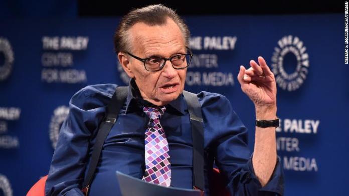 Larry King, le vétéran de la télé américaine, roi de l'interview, est mort