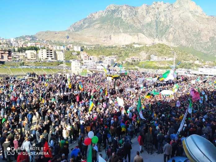 Importante marche à Kherrata pour célébrer le 2e anniversaire du Hirak