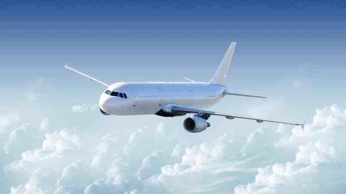 Transport aérien: chute sans précédent du trafic passagers dans le monde en 2020