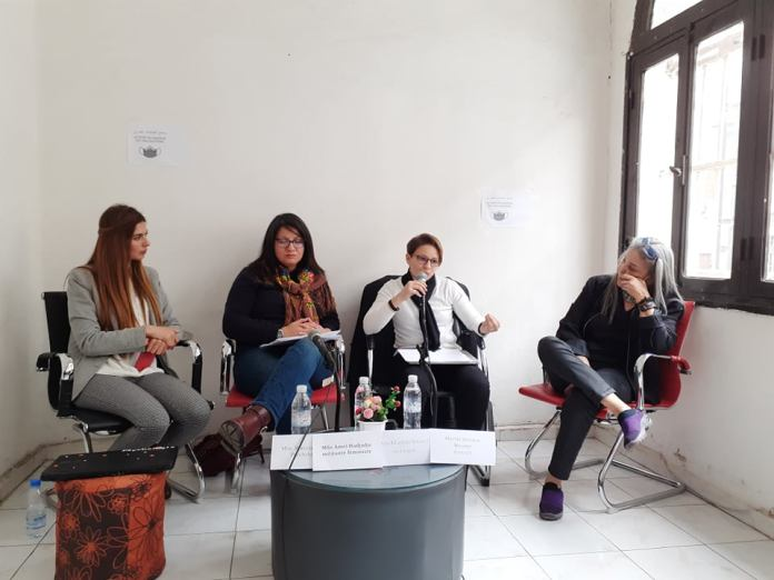 Féminicide en Algérie: des spécialistes en parlent