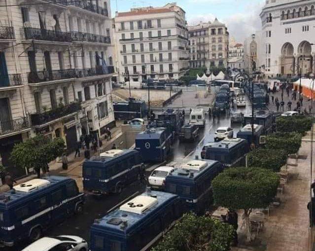La marche du mardi empêchée à Alger