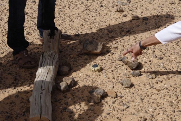 La France a signé en décembre 1997 la convention d'Ottawa et vante son rôle actif sur la lutte contre les mines antipersonnel, avec toutefois une dérogation «en cas de nécessité absolue imposée par la protection de ses forces armées»