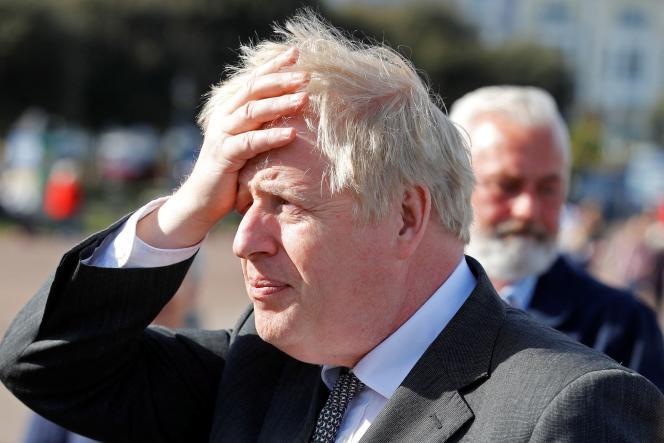 Pandémie: Boris Johnson a qualifié son ministre de la Santé de