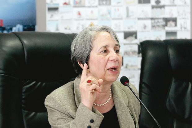 Covid-19: Le Croissant rouge algérien critiqué, sa présidente évoque