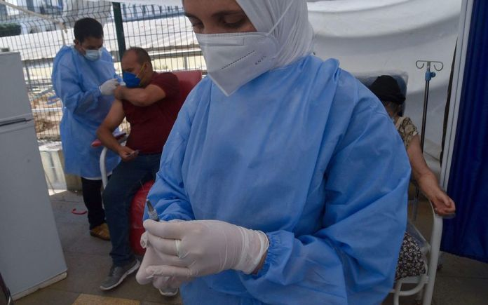 Covid-19: près de 3,5 millions de personnes vaccinées