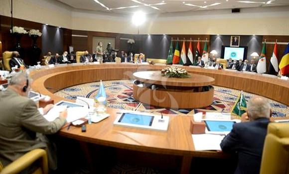 Libye : Les pays du voisinage appellent à l'unification de l'armée libyenne et la sortie des mercenaires
