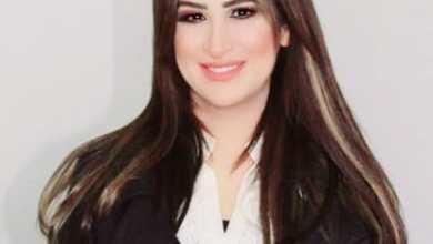 صورة رئيسة الصحفيين البحرينيين تكتب مقالة لصحيفة إسرائيلية