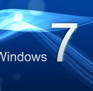 去年7月29日开始,Windows7和8的用户在推送的引导下陆续升级为Win10,在一年免费升级的诱惑中,Windows 10的市场份额节节攀高。与此同时,Windows7的份额也产生了相应的下降,在这一年中,Win7的份额从60.73%下降至49.05%。