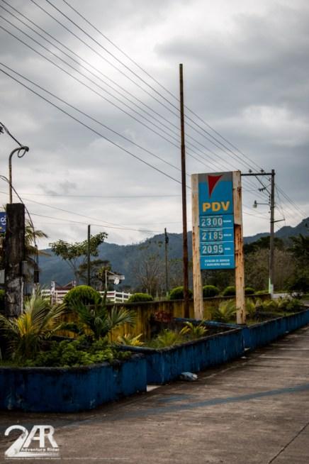 Tankstelle zwischen Belize und Guatemala