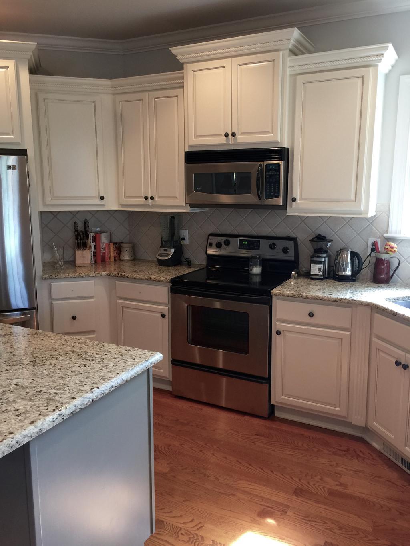 white tile backsplash kitchen soap dispenser for sink niveous cabinets, stone harbor pinstripe glaze & taos ...