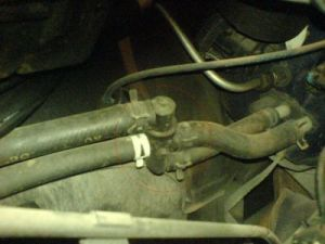 1998 Chevy Tahoe HEATER HOSE: Heater Problem 1998 Chevy