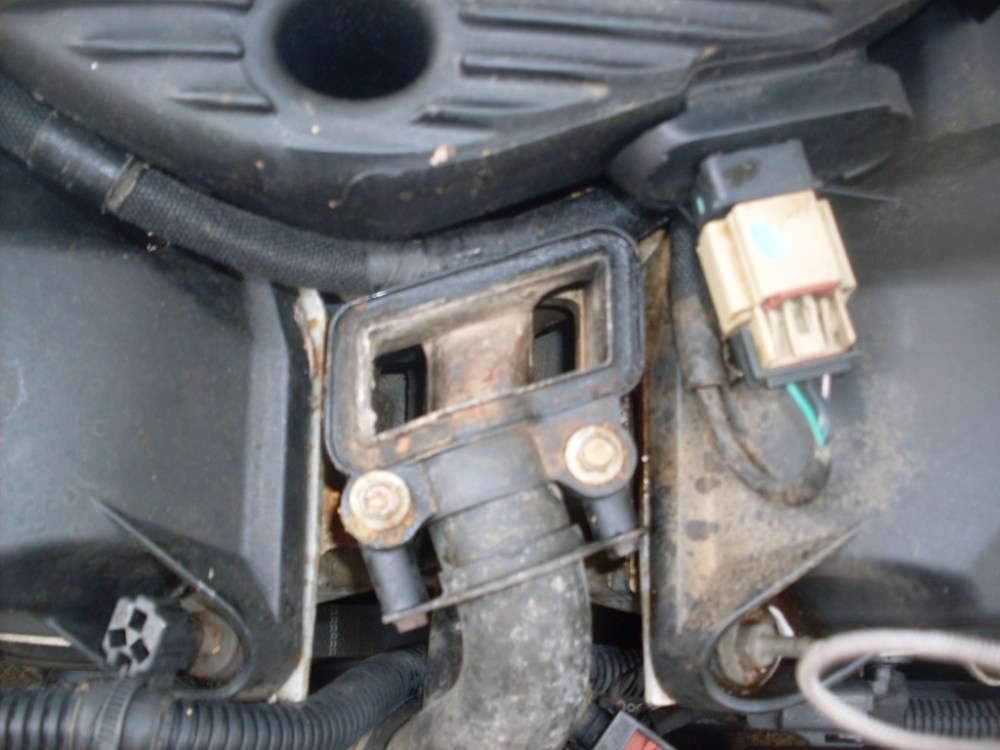 medium resolution of dododge intrepid water outlet box failure 2002 dodge intrepid 6