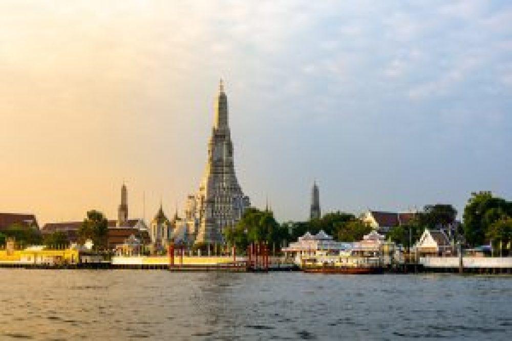 Cosa vedere in Thailandia Bangkok What Arun 2 Cuori in Viaggio
