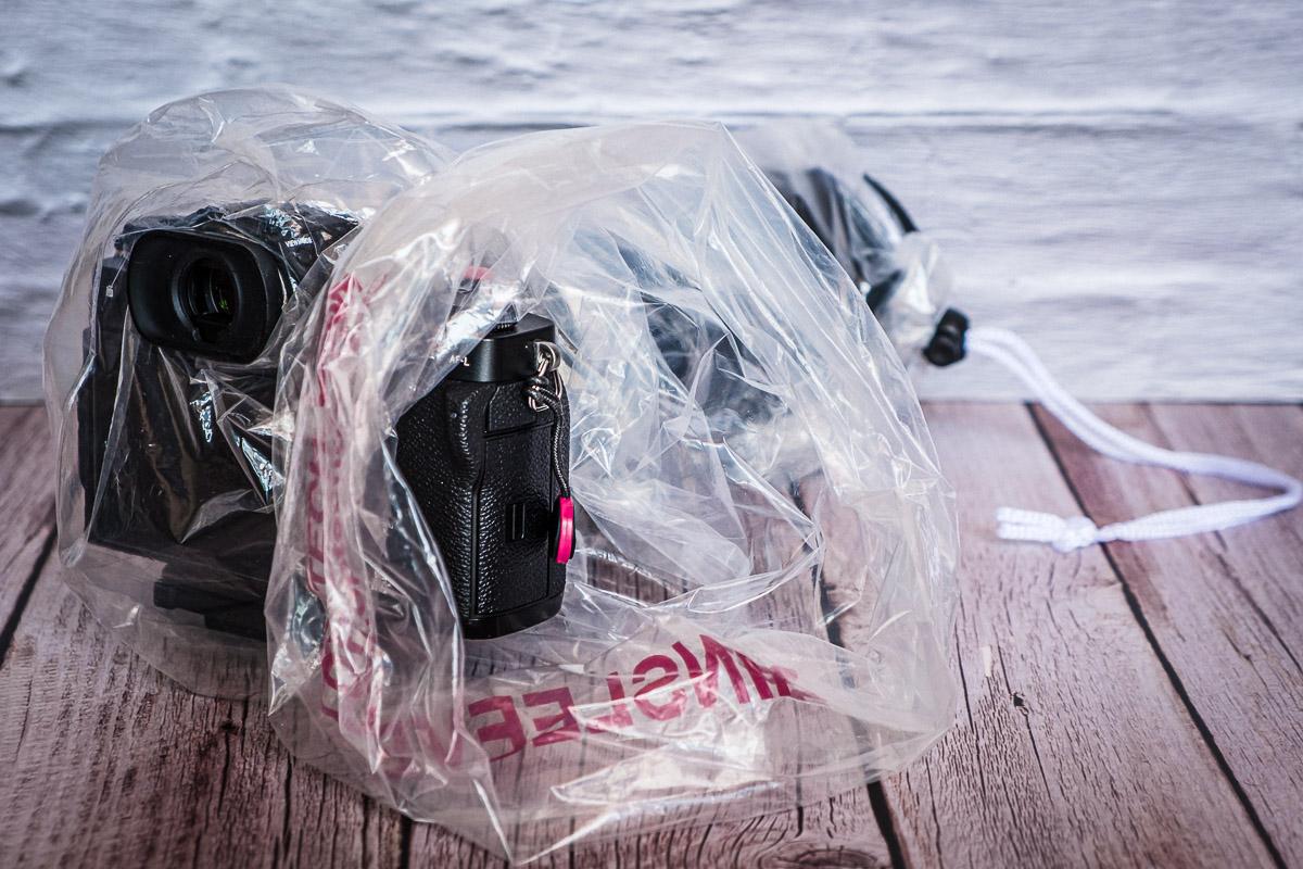 Proteggere la fotocamera Rain Sleeve 2 Cuori in Viaggio