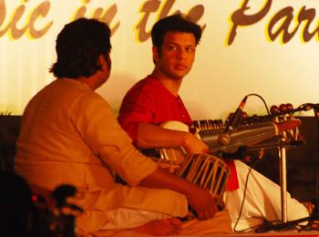 Amaan Ali Khan and Rashid Mustafa Thirakwa