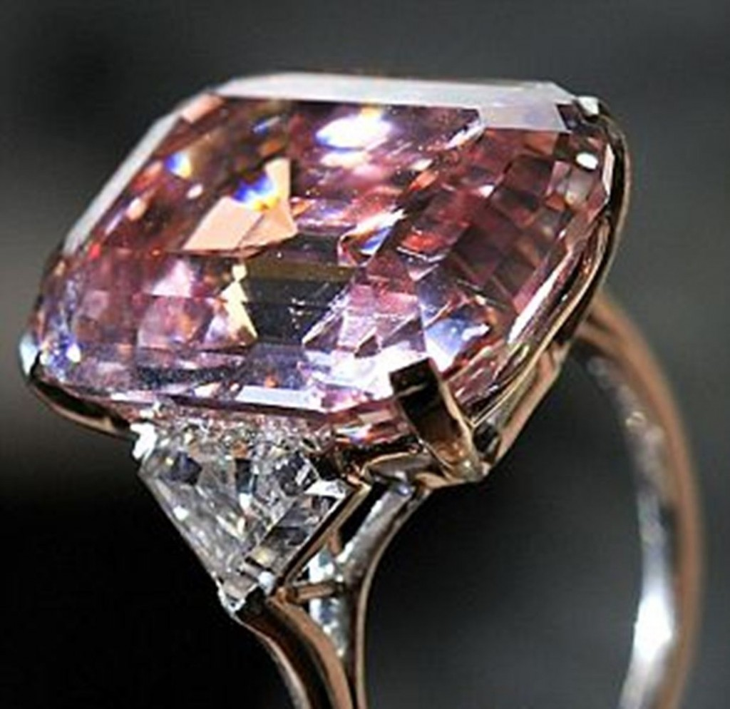 Hot Trend Colored Diamond Engagement Rings