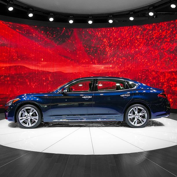2014 New York International Auto Show Infiniti Q70