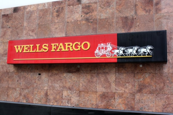 Wells Fargo Announces New 3 Fee To Use Debit Card 2 Minute Finance