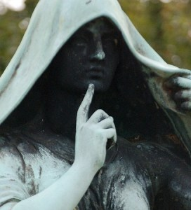 "Statue in Memphis ""shhh-ing"""