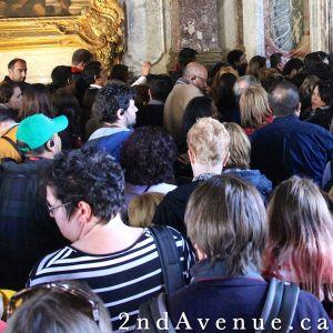 Crowds at Versailles