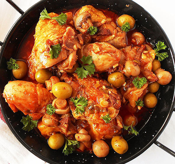 Chicken Cacciatore: Hunter's chicken stew; fabolous, rustic, simple and hearty Italian dish.