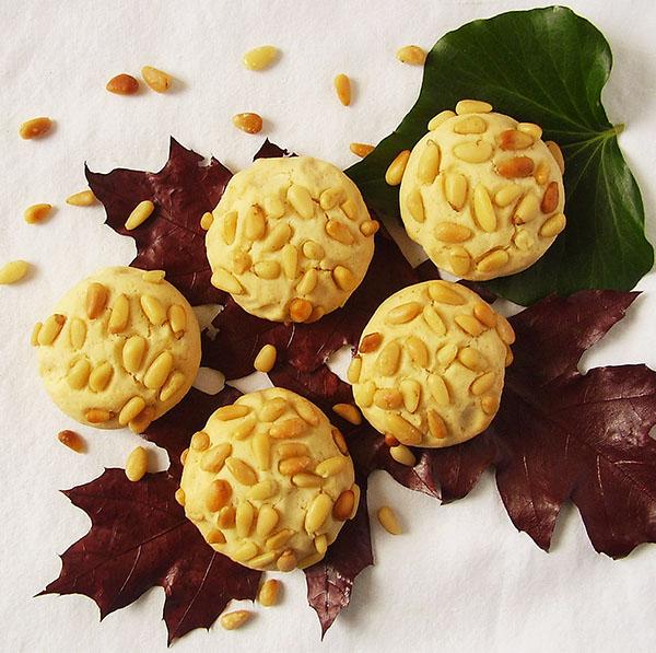 Pine Nut Cookies : Biscotti ai Pignolli.