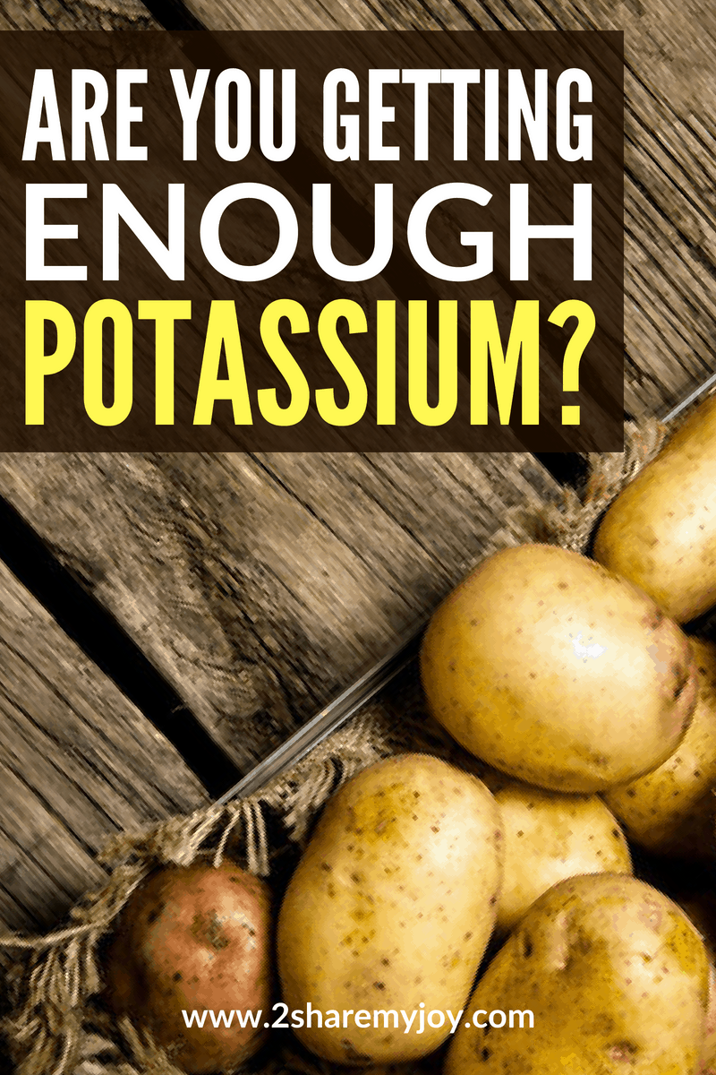 Are you getting enough potassium? 98% of american do not get enough potassium. Click through to read signs, symptoms, and best plant based potassium foods. #potassium #deficiency #potatoes #quash #beans