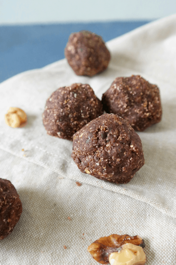 Healthy whole food plant based chocolate balls dessert recipe, no bake.
