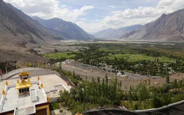 A Guide To Khardung La, Diskit & Hunder In The Nubra Valley Of Ladakh