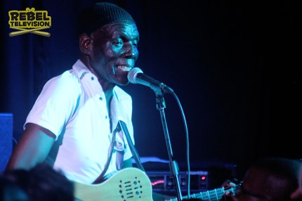 Oliver Mtukudzi at Book Cafe