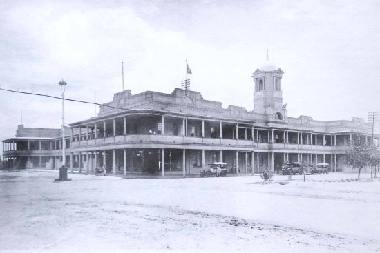 The original Meikles Hotel: a two-storey building in a dusty frontier town