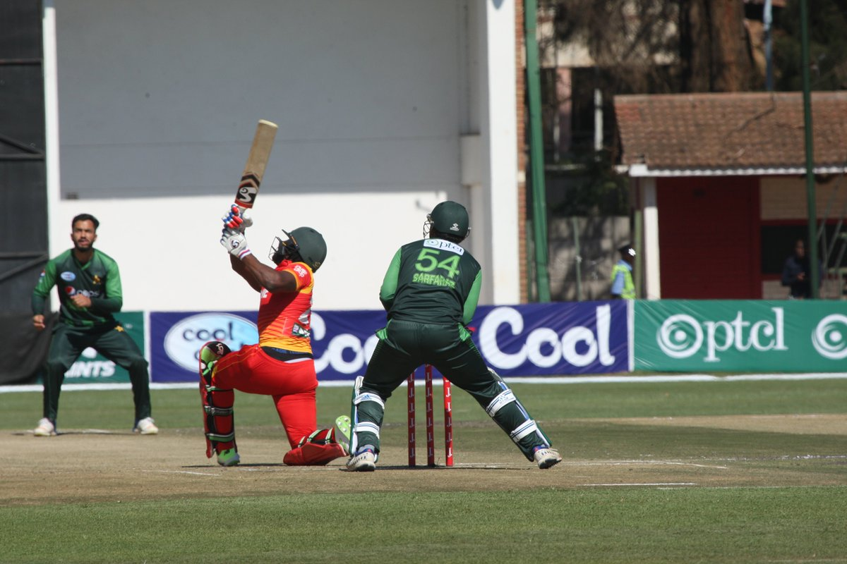 Pakistan hold off improved Zimbabwe to reach tri-series final | Three Men On A Boat