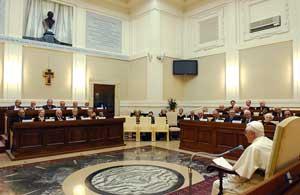 Bento XVI em visita à Pontifícia Academia das Ciências
