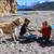 Iris pêche avec Martin et Rose en Patagonie, au Chili.